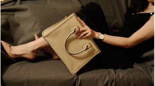 国货精品女包——dissona 迪桑娜 三款拎包 使用体验