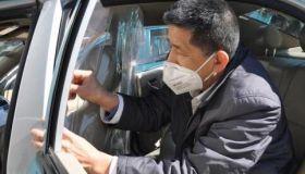 """津城出租车""""穿上""""防护服!阻断病毒传播,1000套防护隔离膜来了"""