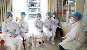 天津医疗队心理专家对恩施州医护人员开展心理危机干预