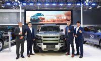 全新路虎卫士110车型亮相2020天津国际汽车贸易展览会