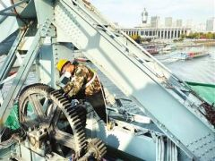 解放桥再次提升明年3月展新姿