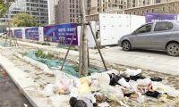 四信里西侧垃圾成堆无人管 环境卫生成难题