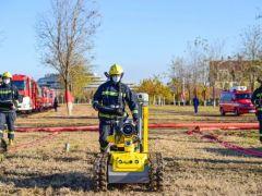 天津消防总队举行冬季战勤保障演习