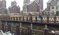 武清区下朱庄街道积极开展春季河道垃圾清理