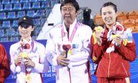 网球:徐一璠女双冠军 王蔷郑赛赛会师女单决赛