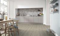 卢森灰木色调地板色彩搭配指南 提升空间质感
