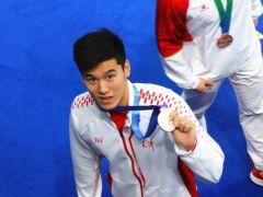再获一枚奖牌 王长浩夺全运男子50米自由泳银牌