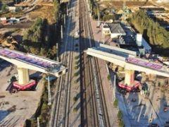 津兴铁路实现上跨津霸铁路